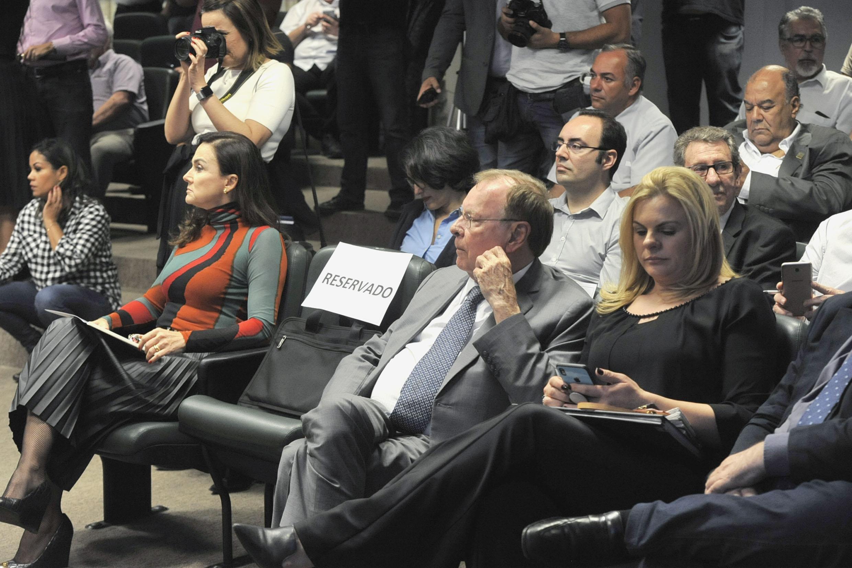 Analice Fernandes, Estevam Galvão e Carla Morando<a style='float:right' href='https://www3.al.sp.gov.br/repositorio/noticia/N-06-2019/fg236331.jpg' target=_blank><img src='/_img/material-file-download-white.png' width='14px' alt='Clique para baixar a imagem'></a>
