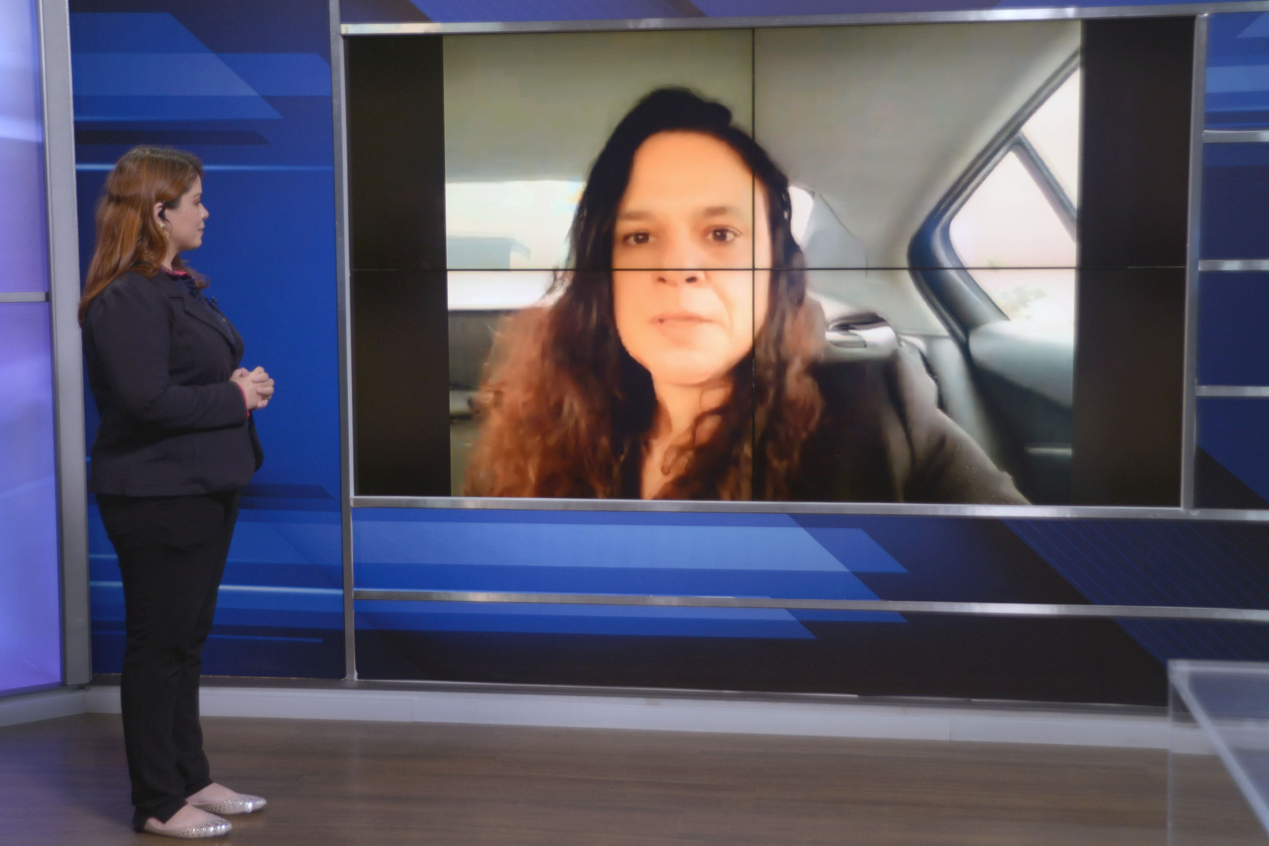 Janaina Paschoal na Tribuna Virtual<a style='float:right' href='https://www3.al.sp.gov.br/repositorio/noticia/N-06-2021/fg268601.jpg' target=_blank><img src='/_img/material-file-download-white.png' width='14px' alt='Clique para baixar a imagem'></a>