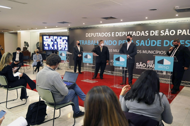 Destinação de emendas para a saúde do Estado de São Paulo<a style='float:right' href='https://www3.al.sp.gov.br/repositorio/noticia/N-06-2021/fg268630.jpg' target=_blank><img src='/_img/material-file-download-white.png' width='14px' alt='Clique para baixar a imagem'></a>