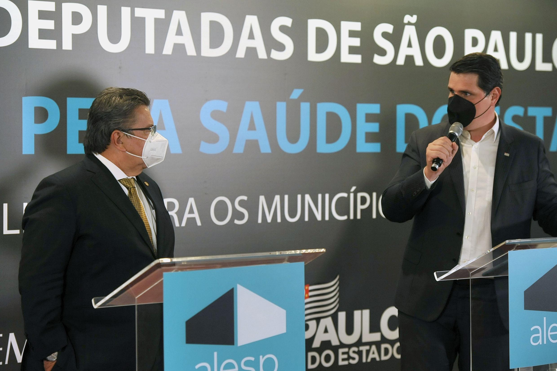 Destinação de emendas para a saúde do Estado de São Paulo<a style='float:right' href='https://www3.al.sp.gov.br/repositorio/noticia/N-06-2021/fg268632.jpg' target=_blank><img src='/_img/material-file-download-white.png' width='14px' alt='Clique para baixar a imagem'></a>
