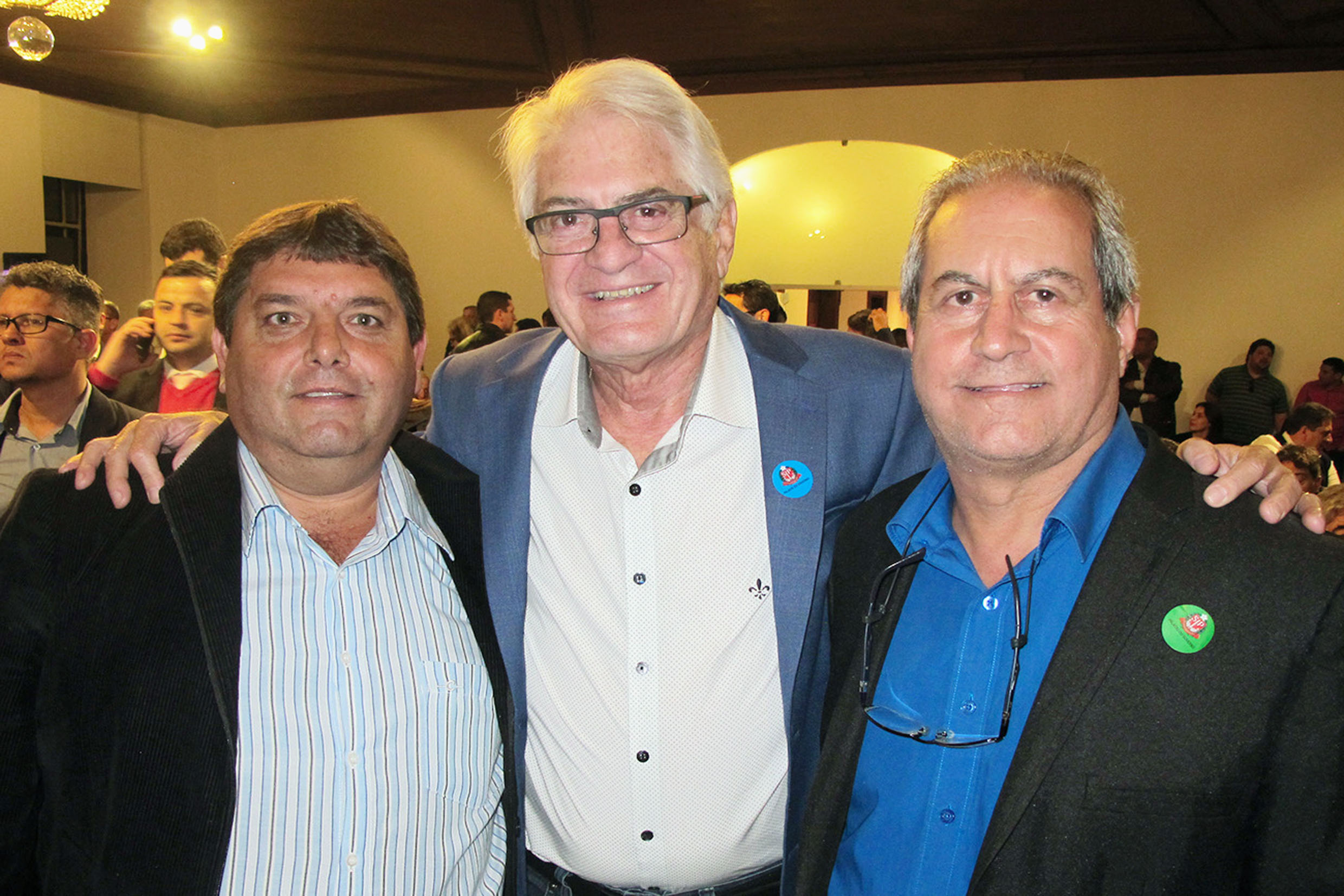 Onivaldo Curvina, Roberto Engler e Elson Machado<a style='float:right' href='https://www3.al.sp.gov.br/repositorio/noticia/N-07-2018/fg225951.jpg' target=_blank><img src='/_img/material-file-download-white.png' width='14px' alt='Clique para baixar a imagem'></a>