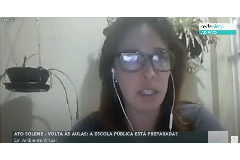 Manuela Aquino<a style='float:right' href='https://www3.al.sp.gov.br/repositorio/noticia/N-07-2020/fg251934.jpg' target=_blank><img src='/_img/material-file-download-white.png' width='14px' alt='Clique para baixar a imagem'></a>