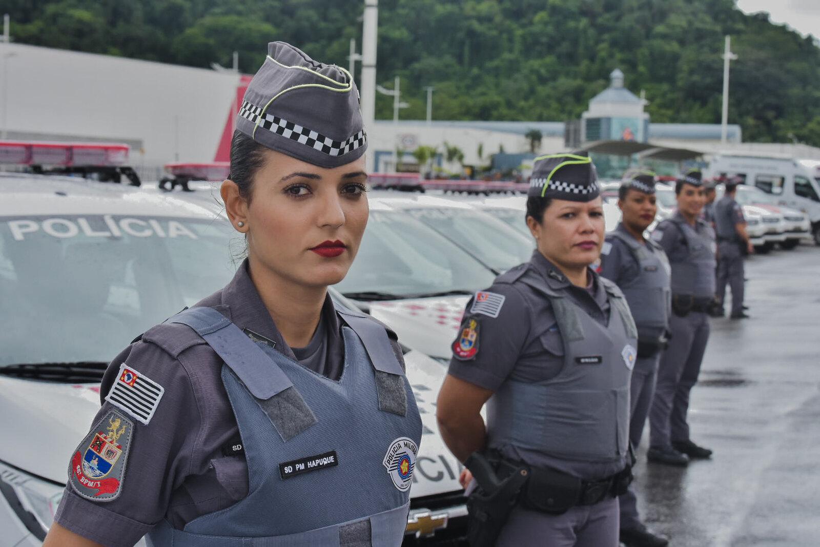 Presença de policiais femininas é obrigatória durante patrulhas (foto: Governo do Estado de São Paulo)<a style='float:right' href='https://www3.al.sp.gov.br/repositorio/noticia/N-07-2021/fg270664.jpg' target=_blank><img src='/_img/material-file-download-white.png' width='14px' alt='Clique para baixar a imagem'></a>