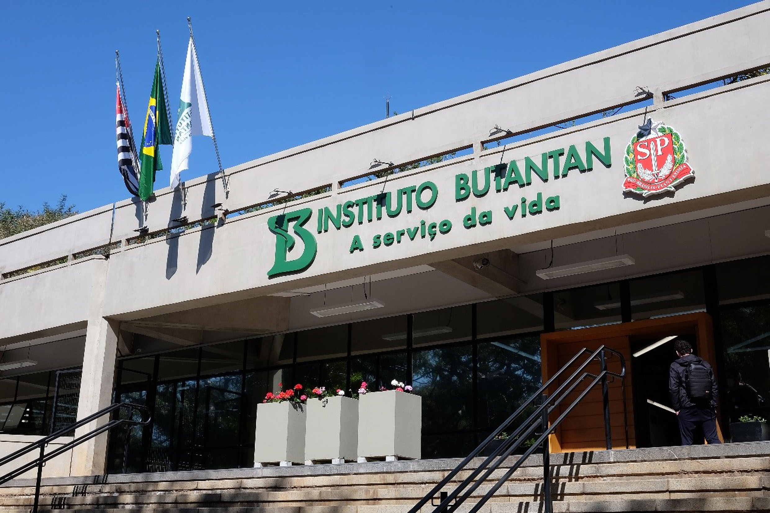 Soro anti-Covid do Instituto Butantan<a style='float:right' href='https://www3.al.sp.gov.br/repositorio/noticia/N-07-2021/fg270763.jpg' target=_blank><img src='/_img/material-file-download-white.png' width='14px' alt='Clique para baixar a imagem'></a>