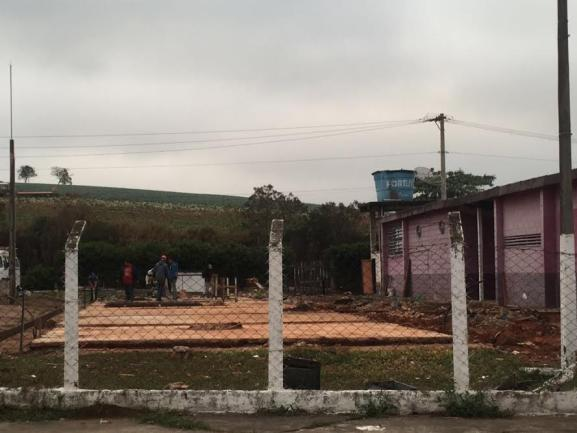 In�cio das obras de galp�o multi�so em Biritiba Mirim