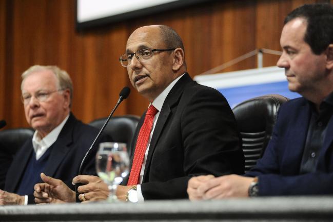 Carlos Evaristo, presidente da Câmara de Mogi das Cruzes