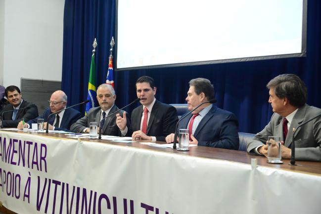 Luiz Fernando Machado, Arnaldo Jardim, Márcio França, Cauê Macris, Roberto Morais e Fausto Longo