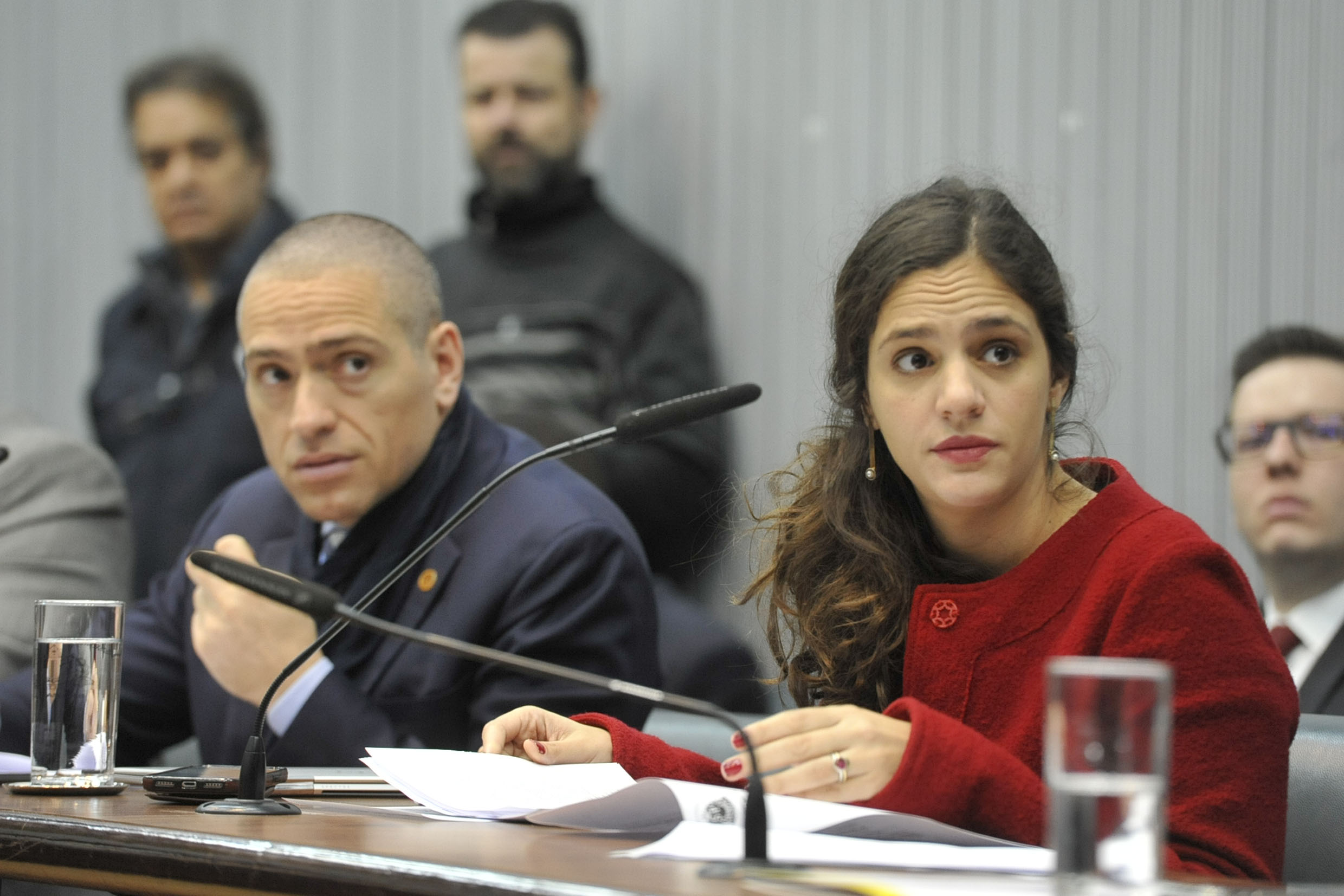 Heni Ozi Cukier e Marina Helou<a style='float:right' href='https://www3.al.sp.gov.br/repositorio/noticia/N-08-2019/fg238016.jpg' target=_blank><img src='/_img/material-file-download-white.png' width='14px' alt='Clique para baixar a imagem'></a>