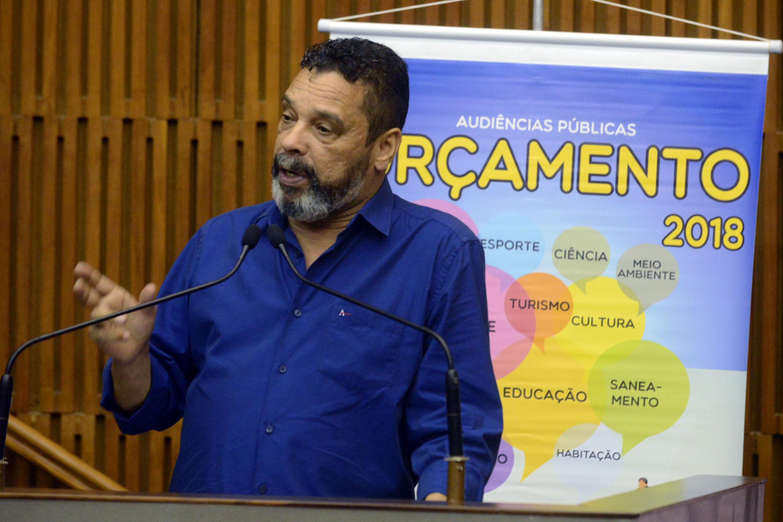 Teonílio Barba