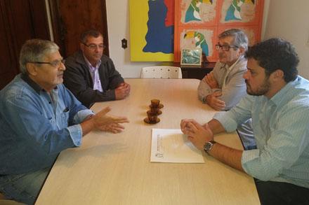 Pedido de reforma de quadra em Pederneiras