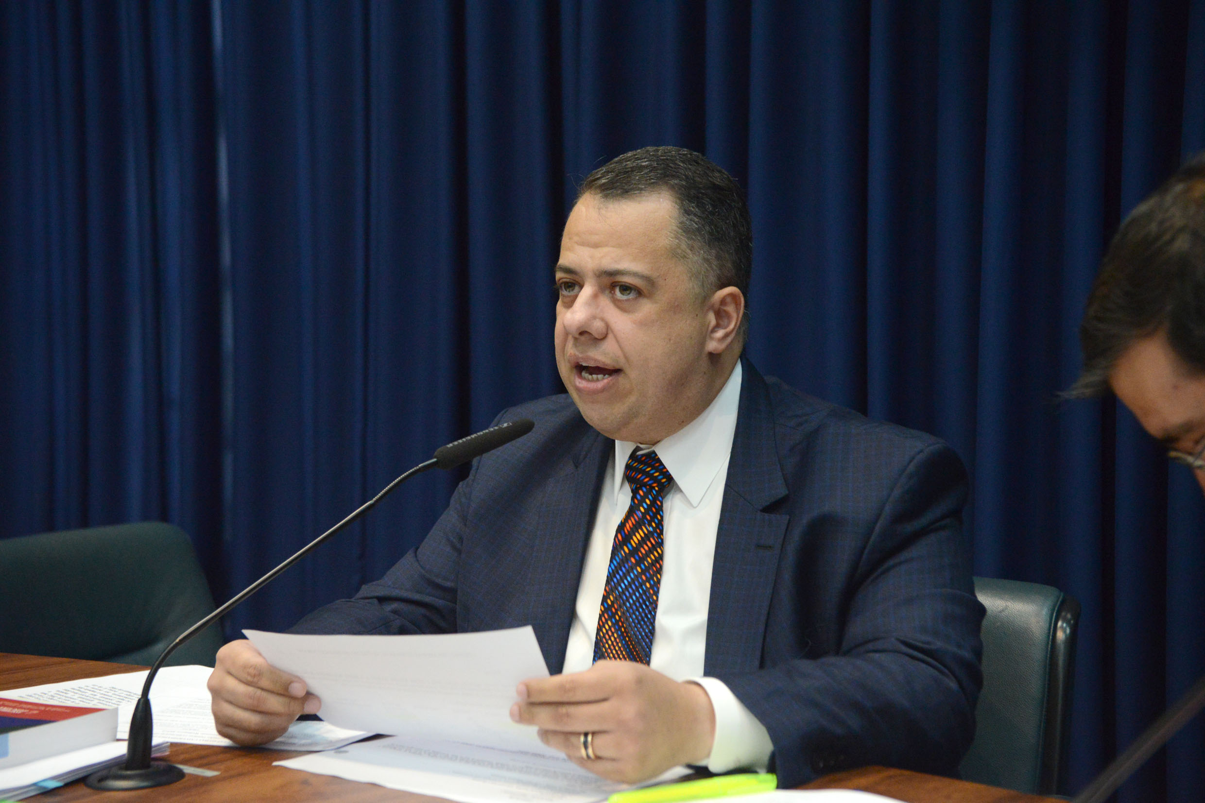 Wellington Moura preside a CPI<a style='float:right' href='https://www3.al.sp.gov.br/repositorio/noticia/N-09-2019/fg239693.jpg' target=_blank><img src='/_img/material-file-download-white.png' width='14px' alt='Clique para baixar a imagem'></a>
