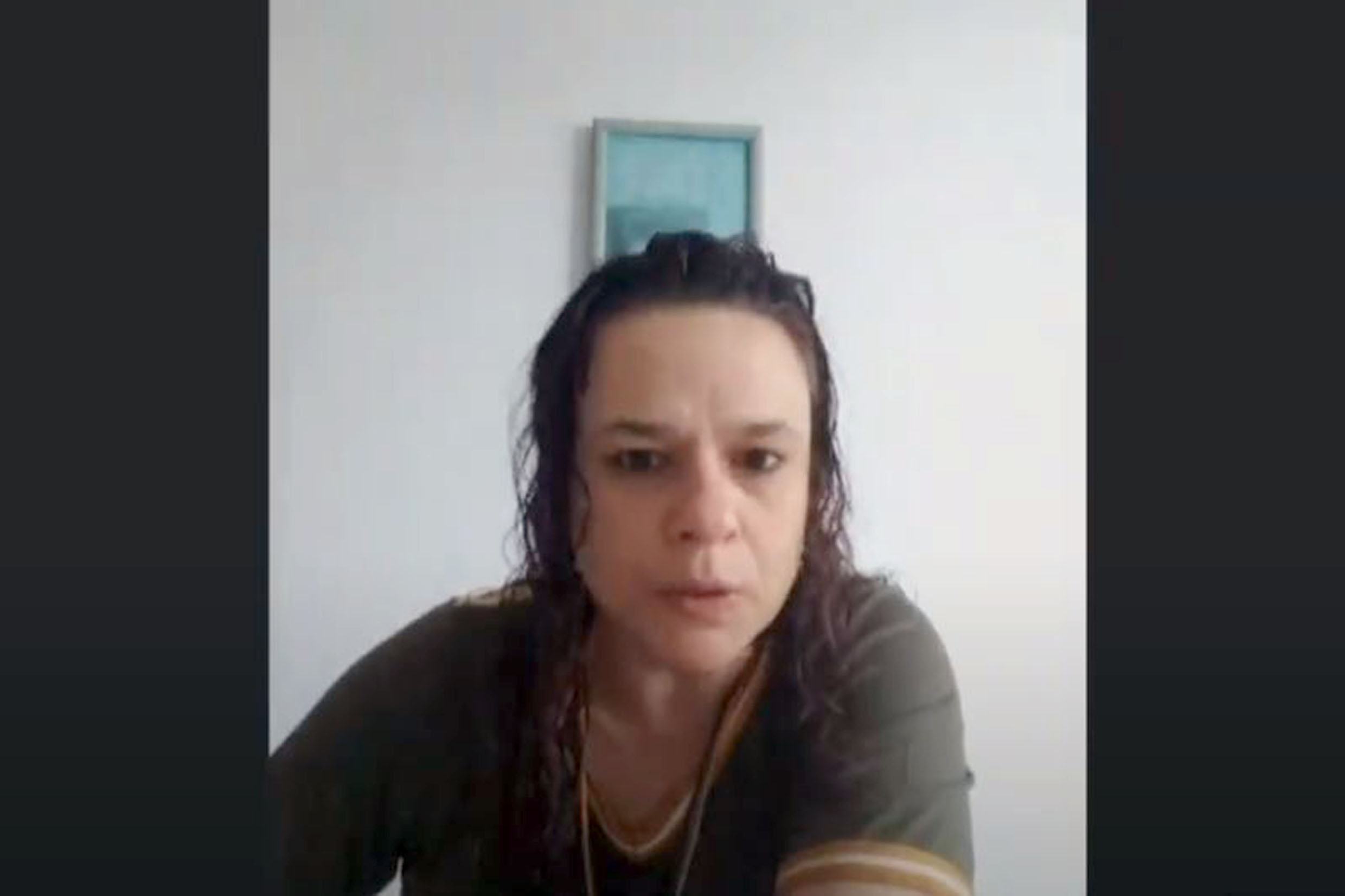 Janaina Paschoal<a style='float:right' href='https://www3.al.sp.gov.br/repositorio/noticia/N-09-2020/fg254645.jpg' target=_blank><img src='/_img/material-file-download-white.png' width='14px' alt='Clique para baixar a imagem'></a>