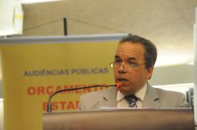 Douglas Gonçalves