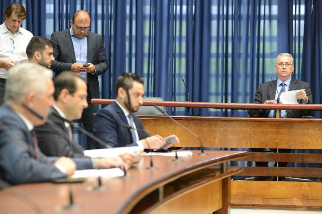 Deputados durante a CPI do Detran