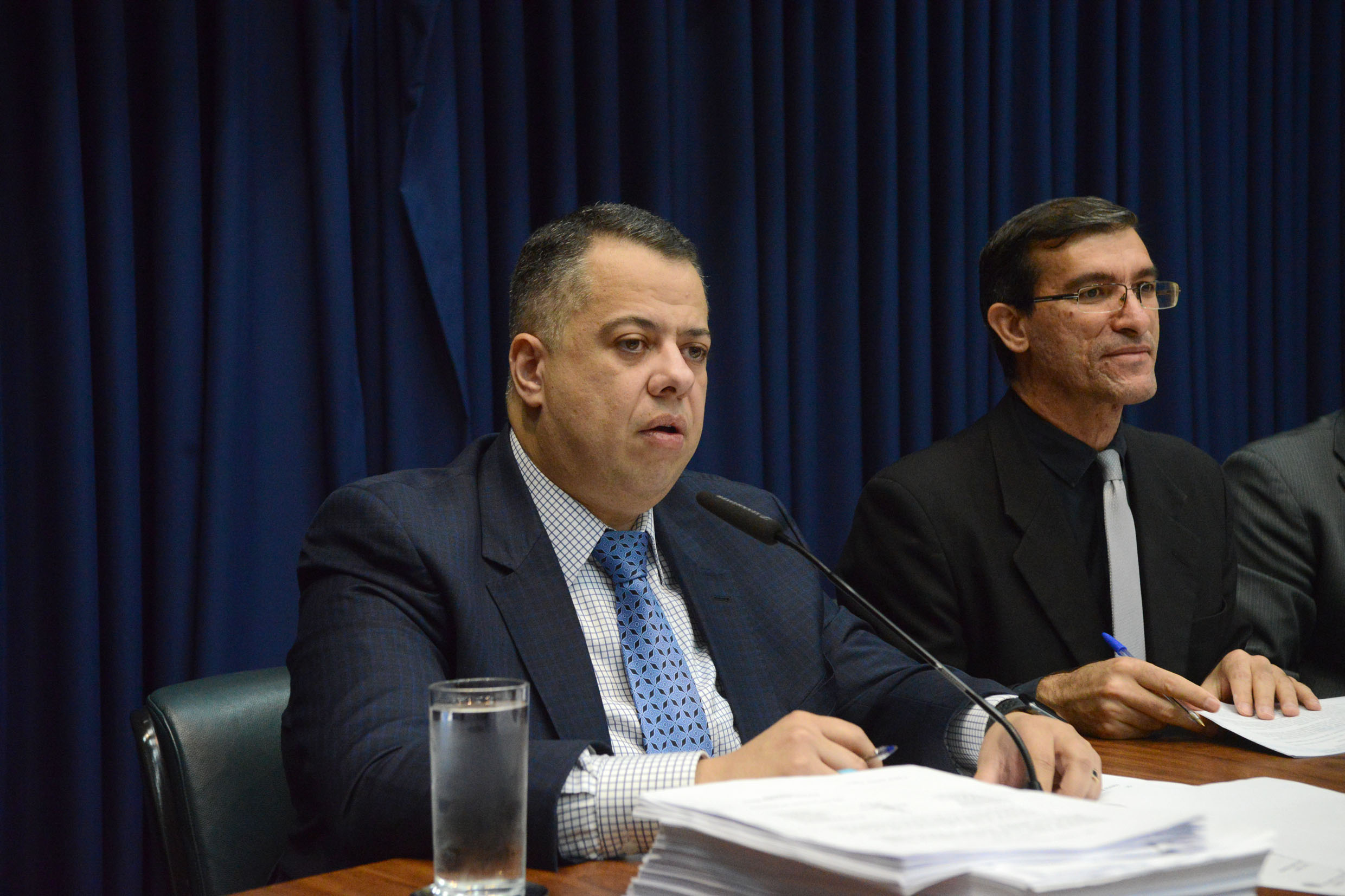 Wellington Moura preside a CPI<a style='float:right' href='https://www3.al.sp.gov.br/repositorio/noticia/N-10-2019/fg240927.jpg' target=_blank><img src='/_img/material-file-download-white.png' width='14px' alt='Clique para baixar a imagem'></a>