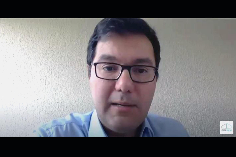 Alex de Madureira<a style='float:right' href='https://www3.al.sp.gov.br/repositorio/noticia/N-10-2020/fg256084.jpg' target=_blank><img src='/_img/material-file-download-white.png' width='14px' alt='Clique para baixar a imagem'></a>