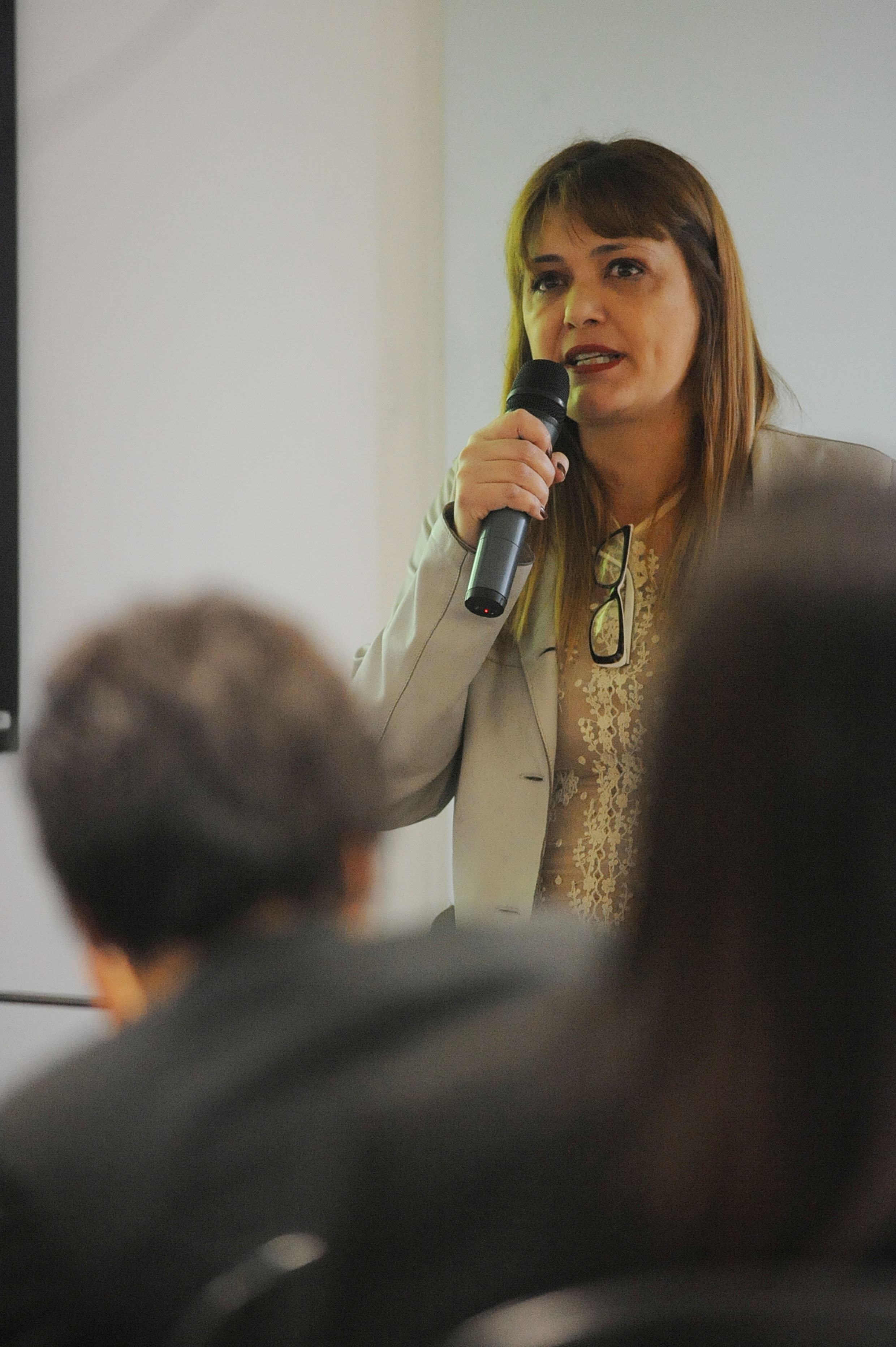 Cristiane Neto Nogueira <a style='float:right' href='https://www3.al.sp.gov.br/repositorio/noticia/N-11-2013/fg149418.jpg' target=_blank><img src='/_img/material-file-download-white.png' width='14px' alt='Clique para baixar a imagem'></a>