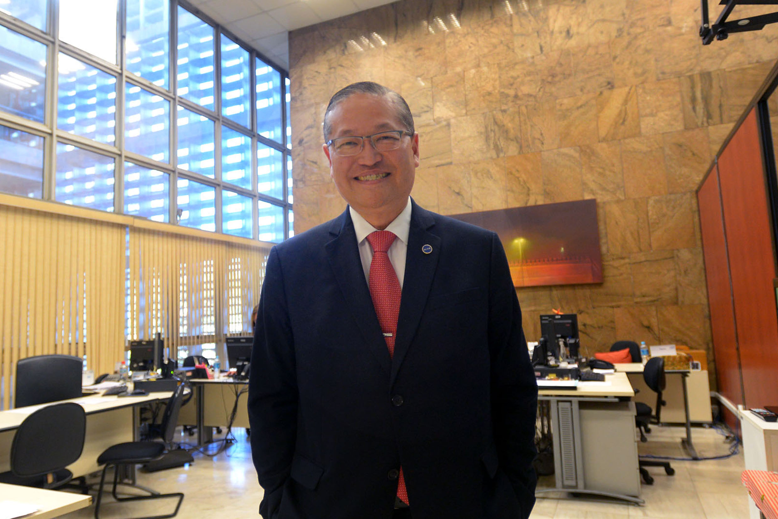 Carlos Takahashi<a style='float:right' href='https://www3.al.sp.gov.br/repositorio/noticia/N-11-2018/fg227199.jpg' target=_blank><img src='/_img/material-file-download-white.png' width='14px' alt='Clique para baixar a imagem'></a>