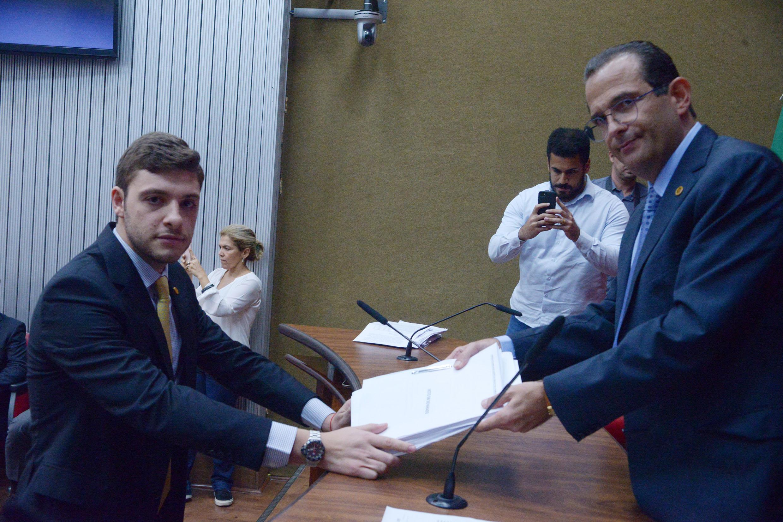 Thiago Auricchio e Edmir Chedid<a style='float:right' href='https://www3.al.sp.gov.br/repositorio/noticia/N-11-2019/fg243430.jpg' target=_blank><img src='/_img/material-file-download-white.png' width='14px' alt='Clique para baixar a imagem'></a>