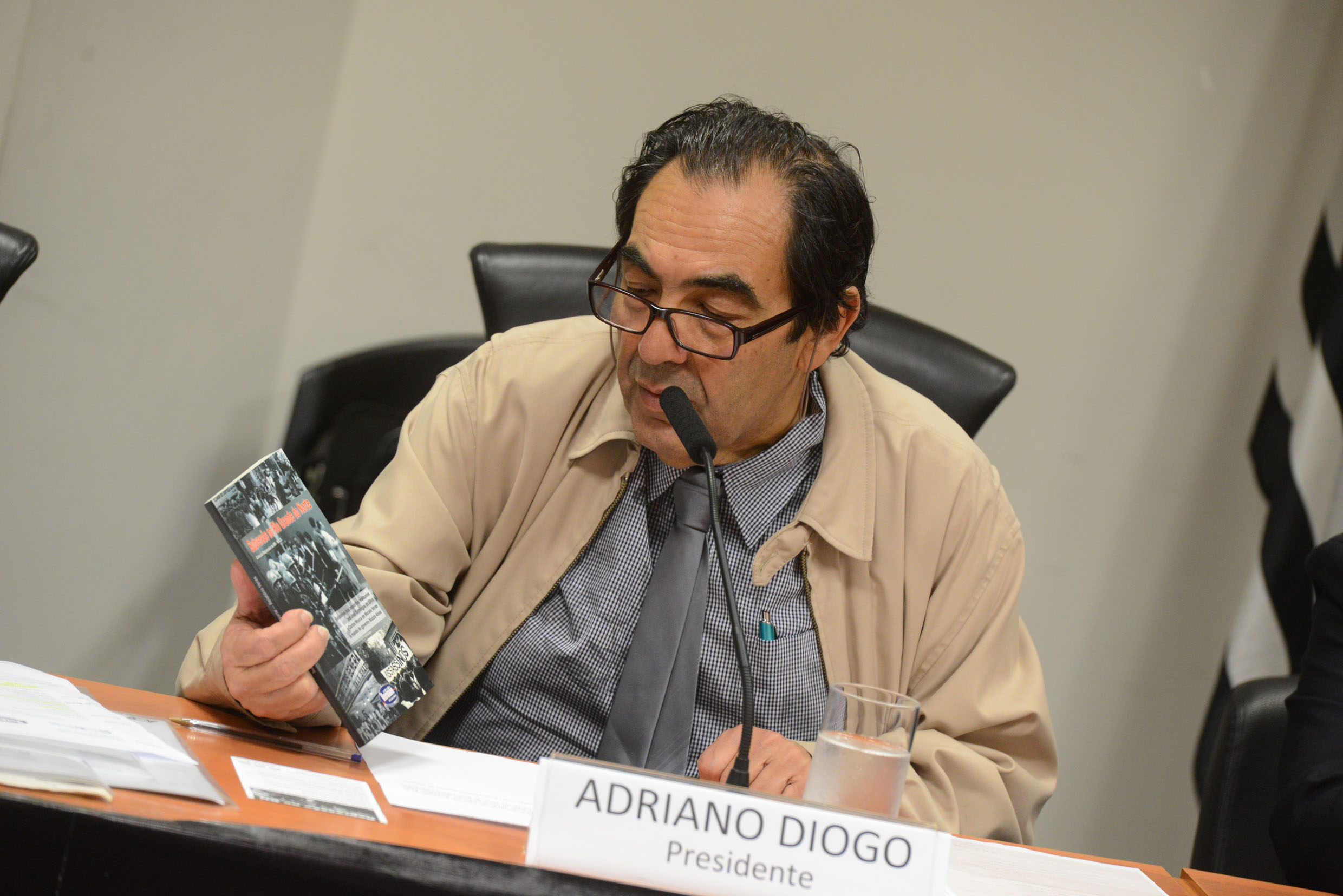 Adriano Diogo <a style='float:right' href='https://www3.al.sp.gov.br/repositorio/noticia/N-12-2013/fg156936.jpg' target=_blank><img src='/_img/material-file-download-white.png' width='14px' alt='Clique para baixar a imagem'></a>
