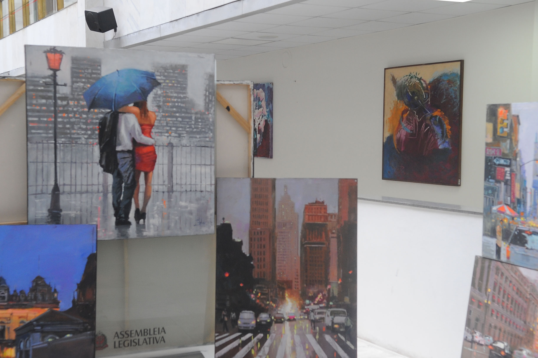 Exposição de Arte Urbanista<a style='float:right' href='https://www3.al.sp.gov.br/repositorio/noticia/N-12-2017/fg214591.jpg' target=_blank><img src='/_img/material-file-download-white.png' width='14px' alt='Clique para baixar a imagem'></a>