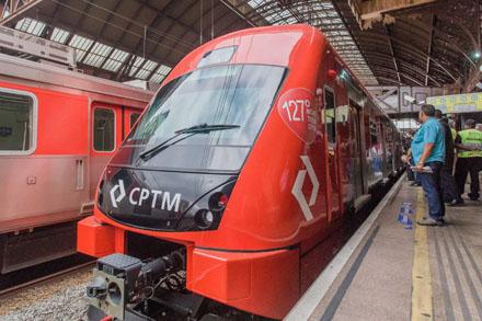 Composições e plataforma da CPTM