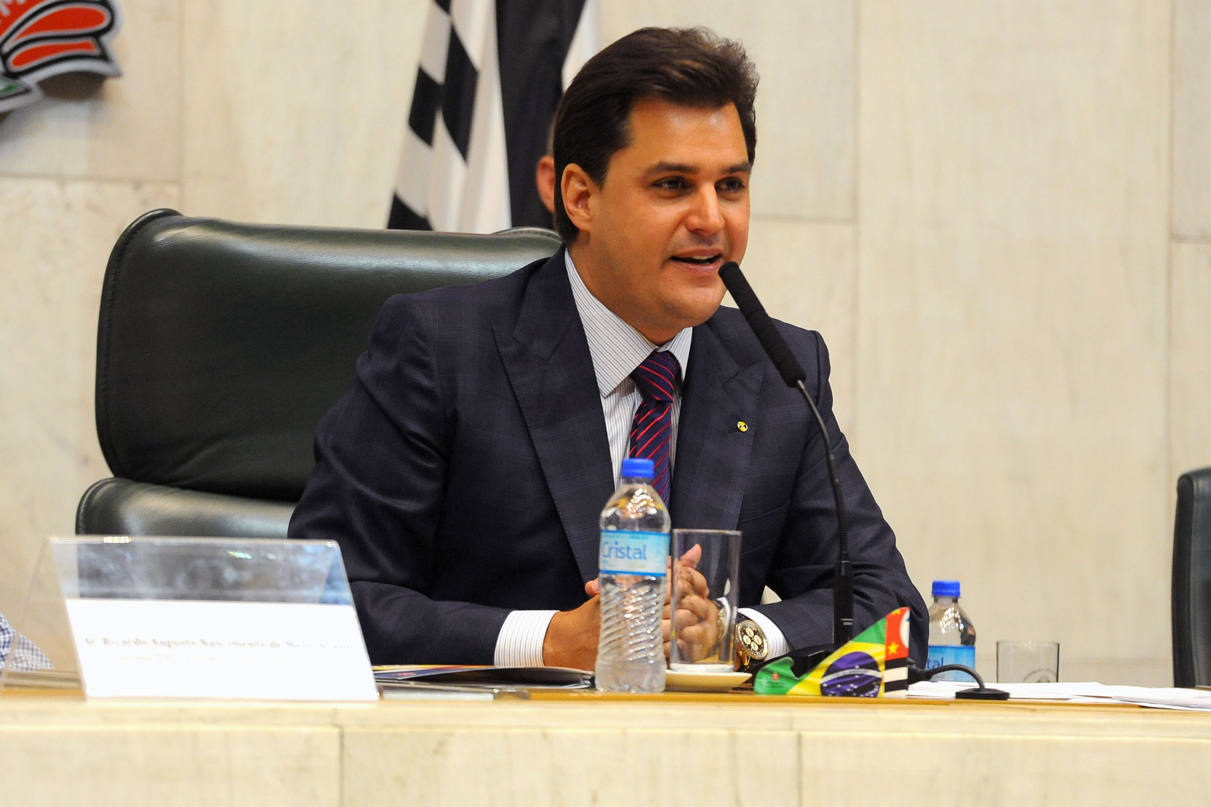Frederico d' Avila<a style='float:right' href='https://www3.al.sp.gov.br/repositorio/noticia/N-12-2019/fg244869.jpg' target=_blank><img src='/_img/material-file-download-white.png' width='14px' alt='Clique para baixar a imagem'></a>