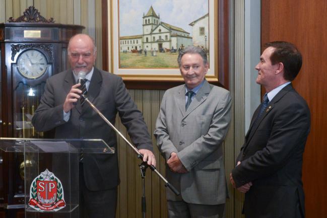 Luiz Cavani, prefeito de Itapeva,  Ulysses Tassinari e Coronel Camilo