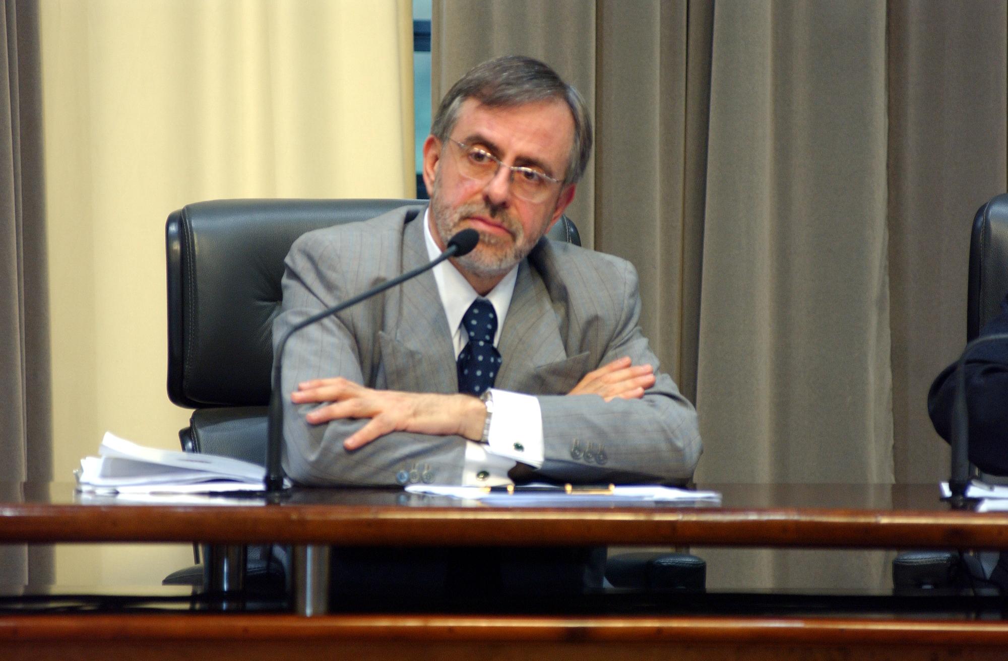 Deputado José Carlos Stangarlini preside a Comissão de Promoção Social<a style='float:right' href='https://www3.al.sp.gov.br/repositorio/noticia/hist/Stangarlini.jpg' target=_blank><img src='/_img/material-file-download-white.png' width='14px' alt='Clique para baixar a imagem'></a>