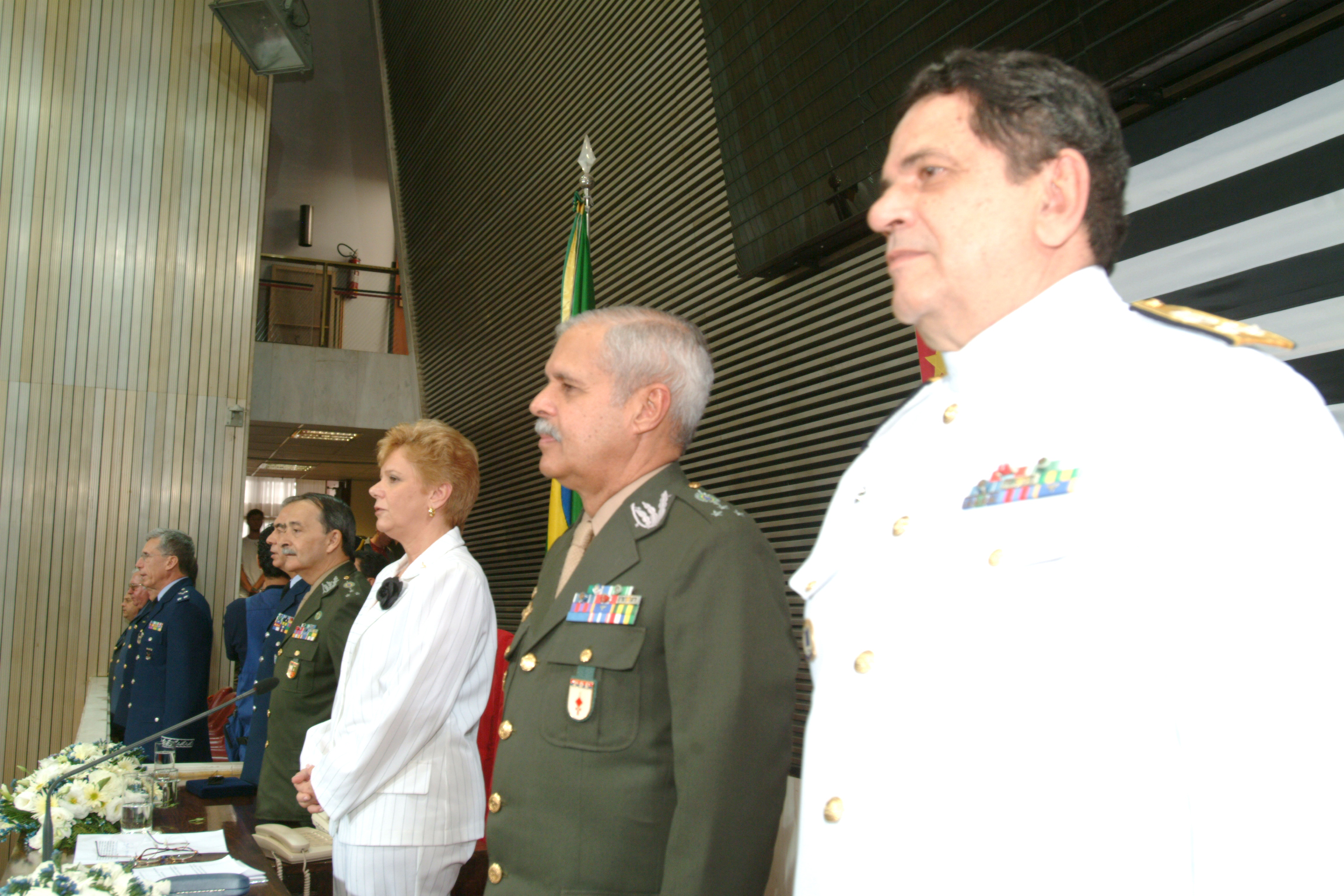 Assembléia Legislativa homenageia o Dia do Aviador<a style='float:right' href='https://www3.al.sp.gov.br/repositorio/noticia/hist/aeronaut3.jpg' target=_blank><img src='/_img/material-file-download-white.png' width='14px' alt='Clique para baixar a imagem'></a>